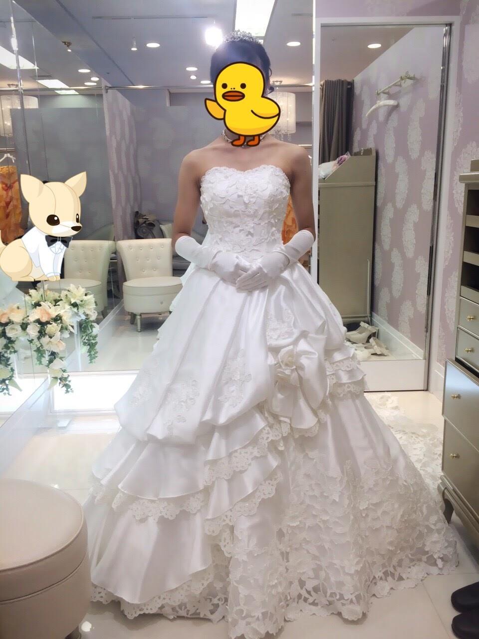 フォーシスアンドカンパニーのウェディングドレス