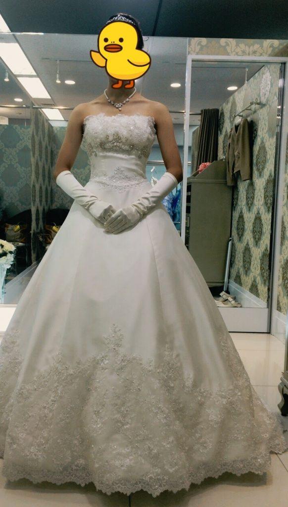 フォーシスアンドカンパニーのウェディングドレス・ジュリア
