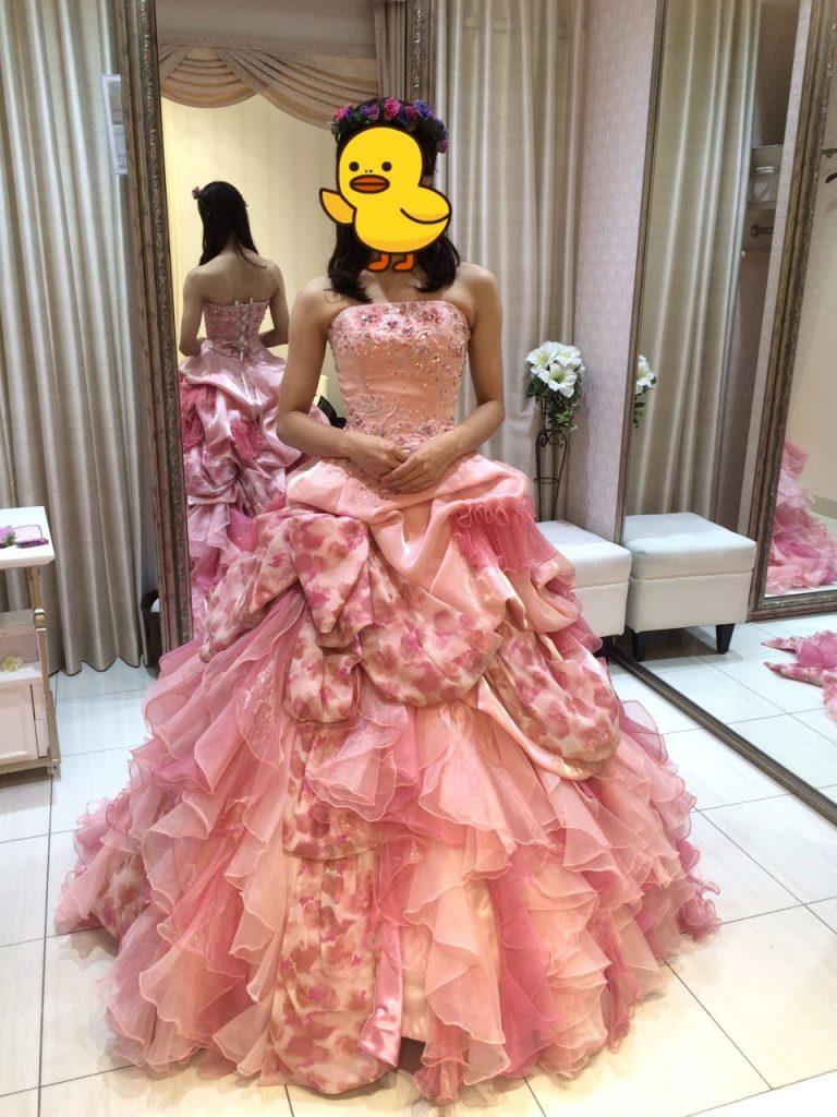 タカミブライダルのカラードレス・ピンクシュクル