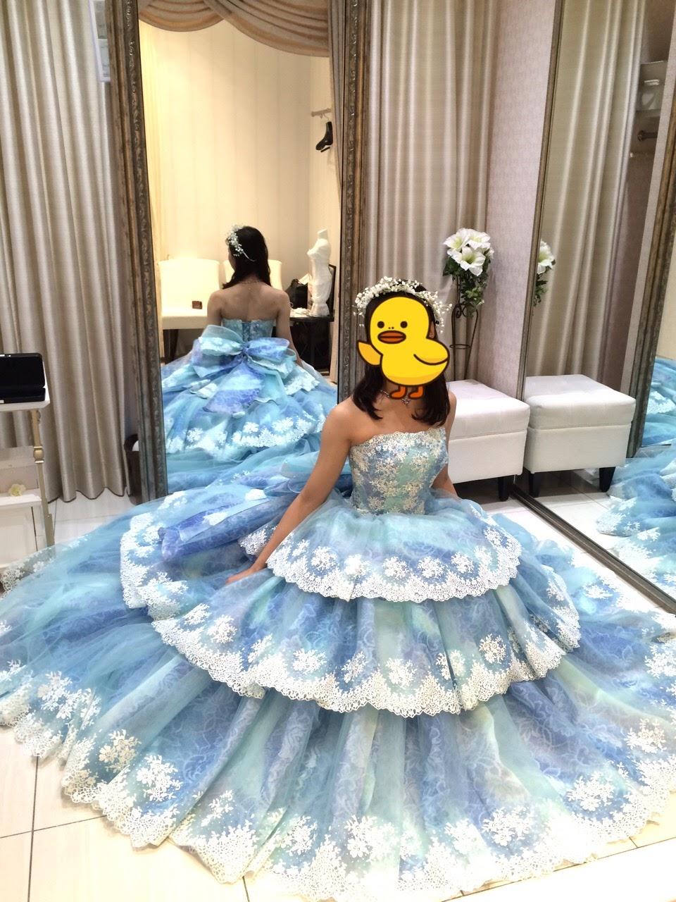 タカミブライダルのカラードレス・ブルーデルフィーン
