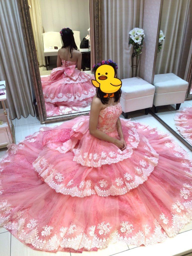 タカミブライダルのカラードレス・ピンクデルフィーン