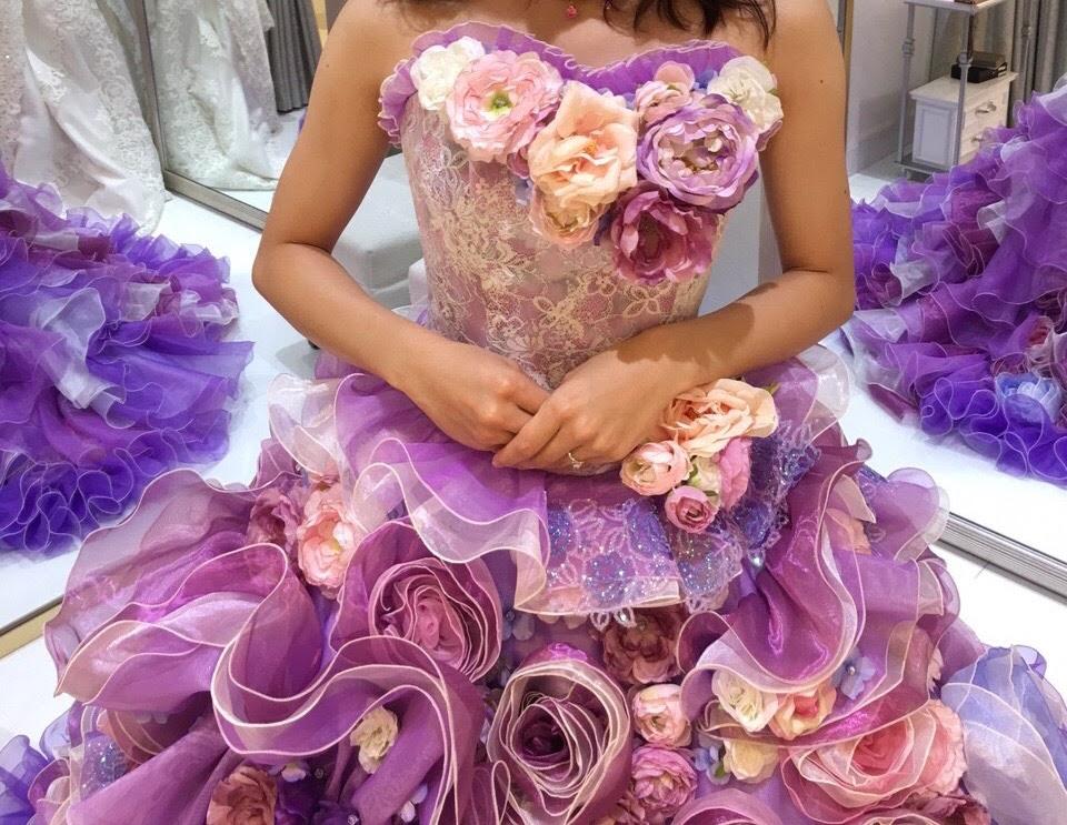 タカミブライダルのカラードレス・ラベンダーアニー