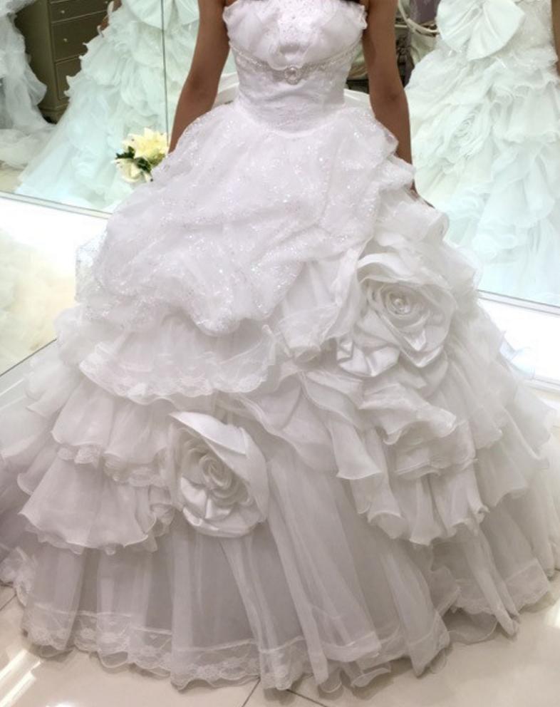 フォーシスアンドカンパニーのウェディングドレス、カレン