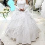 フォーシスアンドカンパニーのウェディングドレス、シャーロット