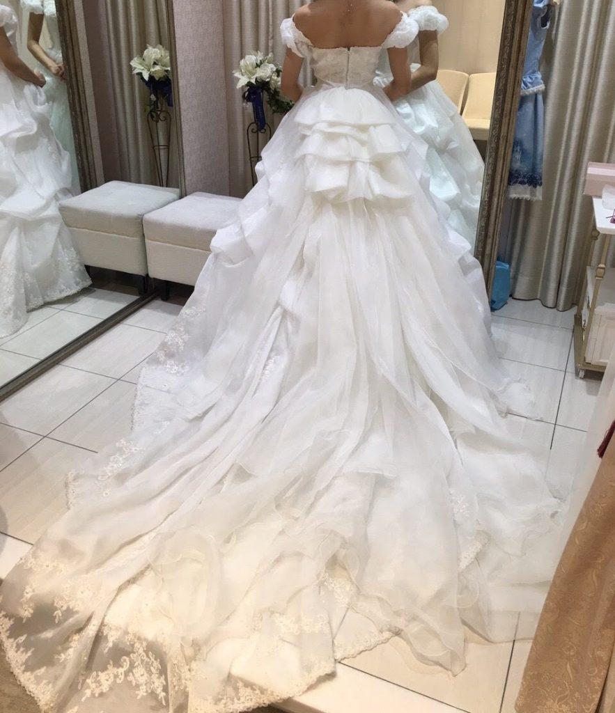 タカミブライダルのウェディングドレス、タルトタタン