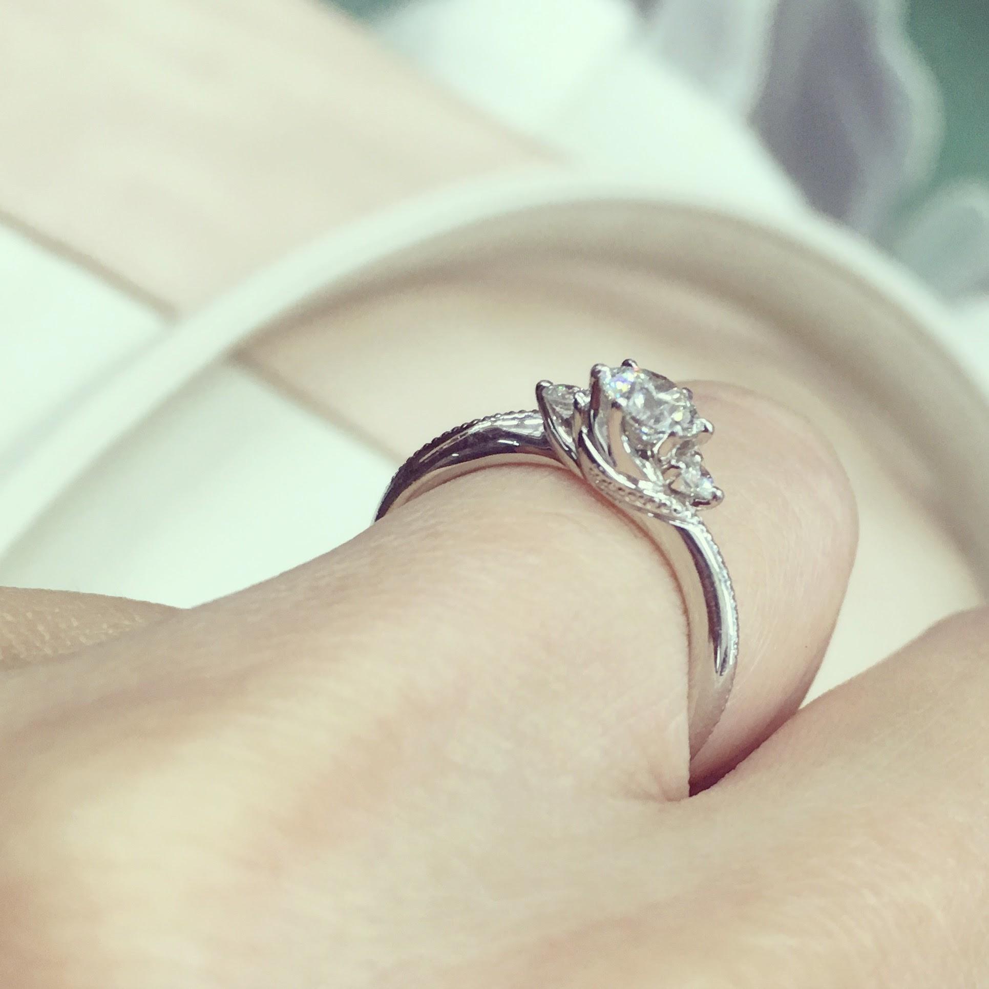 エクセルコダイヤモンドの婚約指輪ボヌール