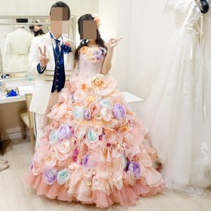 タカミブライダルのカラードレス ピンクアニー、タキシード ブランバトー