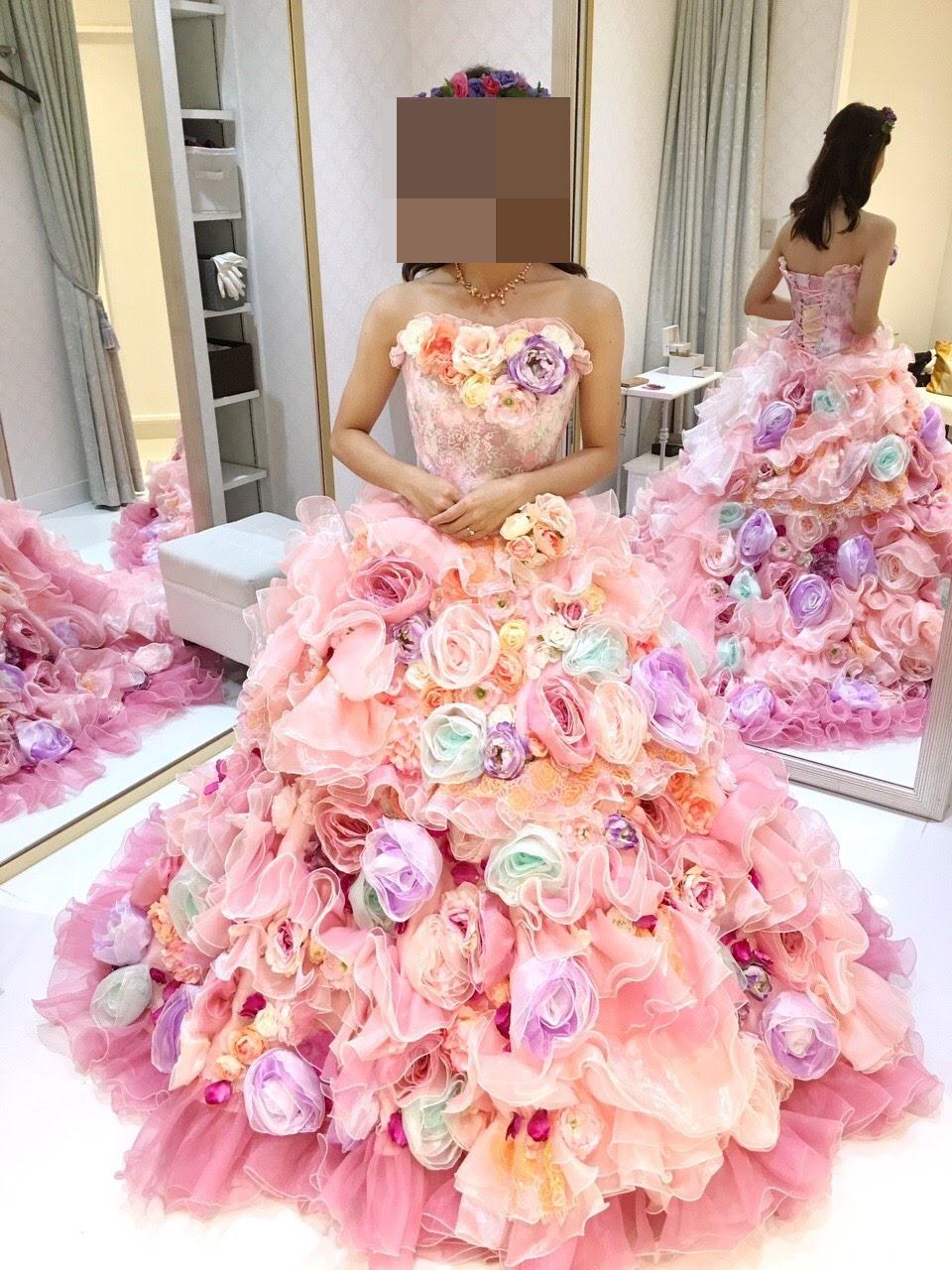 タカミブライダルのカラードレス ピンクアニー