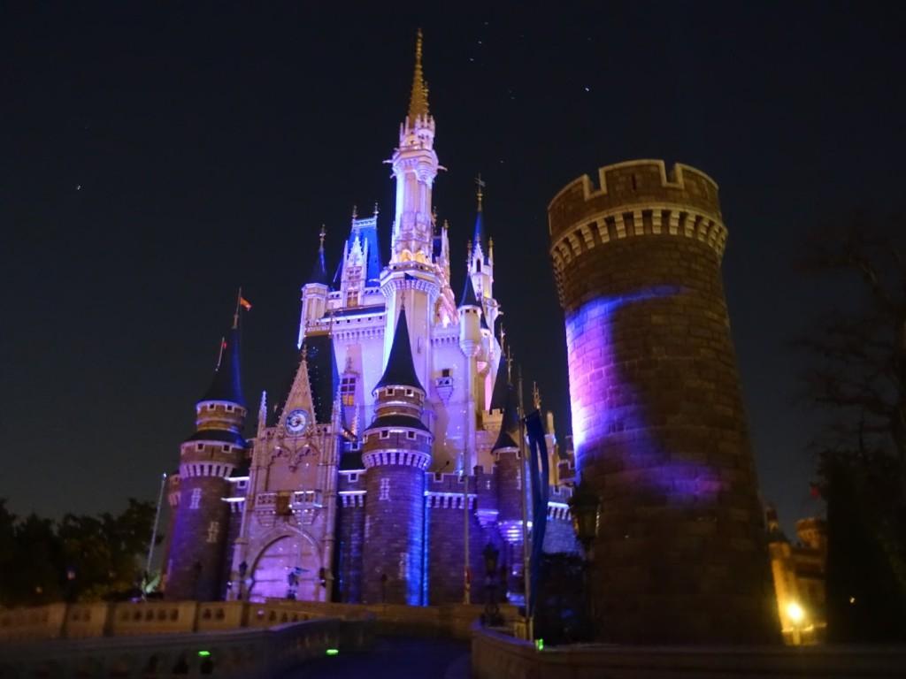 東京ディズニーランドの夜のショー「ワンスアポンアタイム」鑑賞場所、抽選ガイド