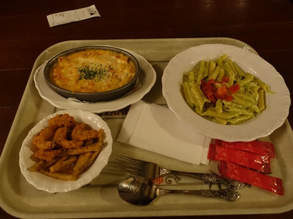 東京ディズニーシーのレストラン ザンビーニブラザーズリストランテのメニュー、混雑具合、席のレポート