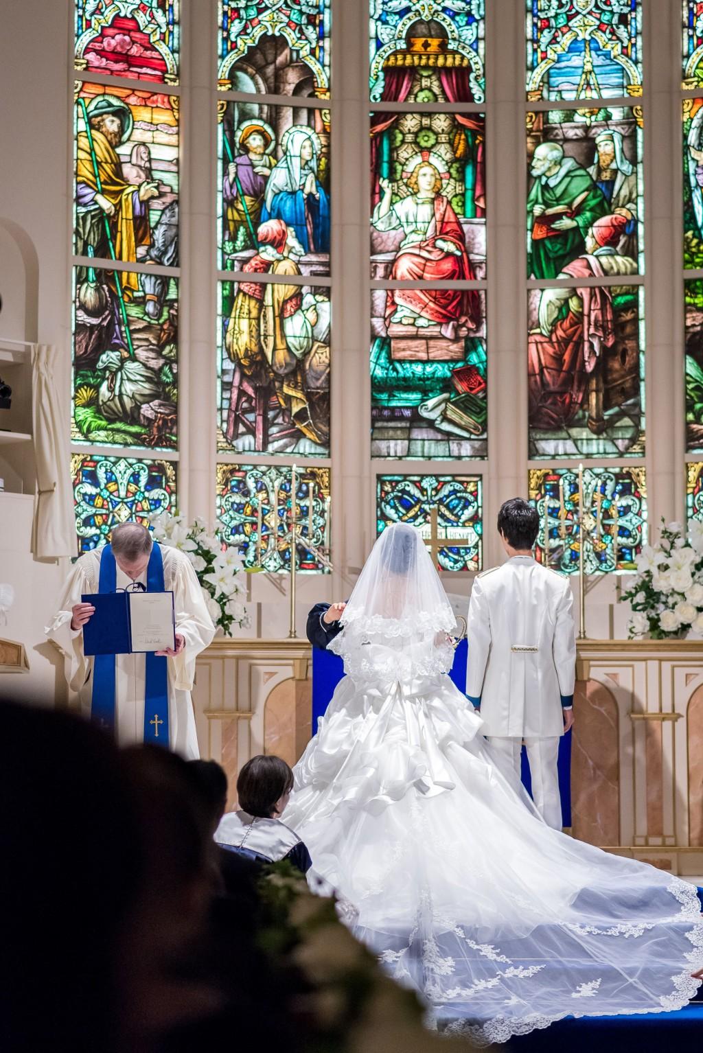 アニヴェルセルみなとみらい横浜 結婚式レポブログ チャペルでの挙式(神前式)署名 祝祷