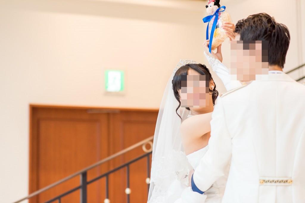 アニヴェルセルみなとみらい横浜 結婚式レポブログ フラワーシャワー(アフターセレモニー)でのブーケトス(ぬいぐるみトス/ミッキートス)