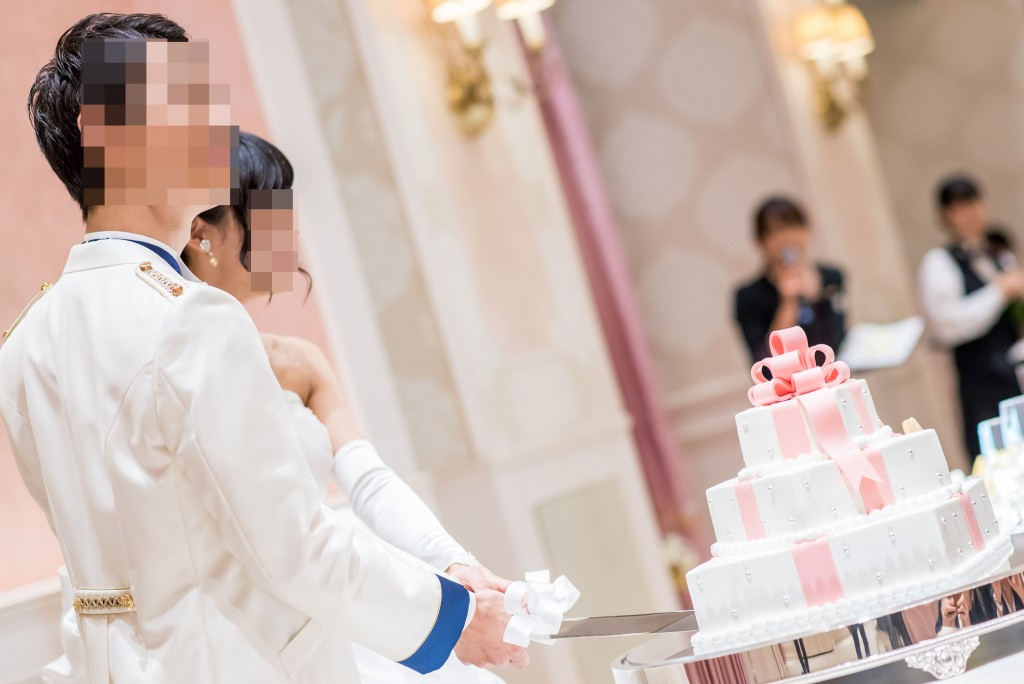 アニヴェルセルみなとみらい横浜 結婚式レポブログ ヴィラスウィート披露宴 主賓挨拶、ケーキ入刀(ケーキカット)