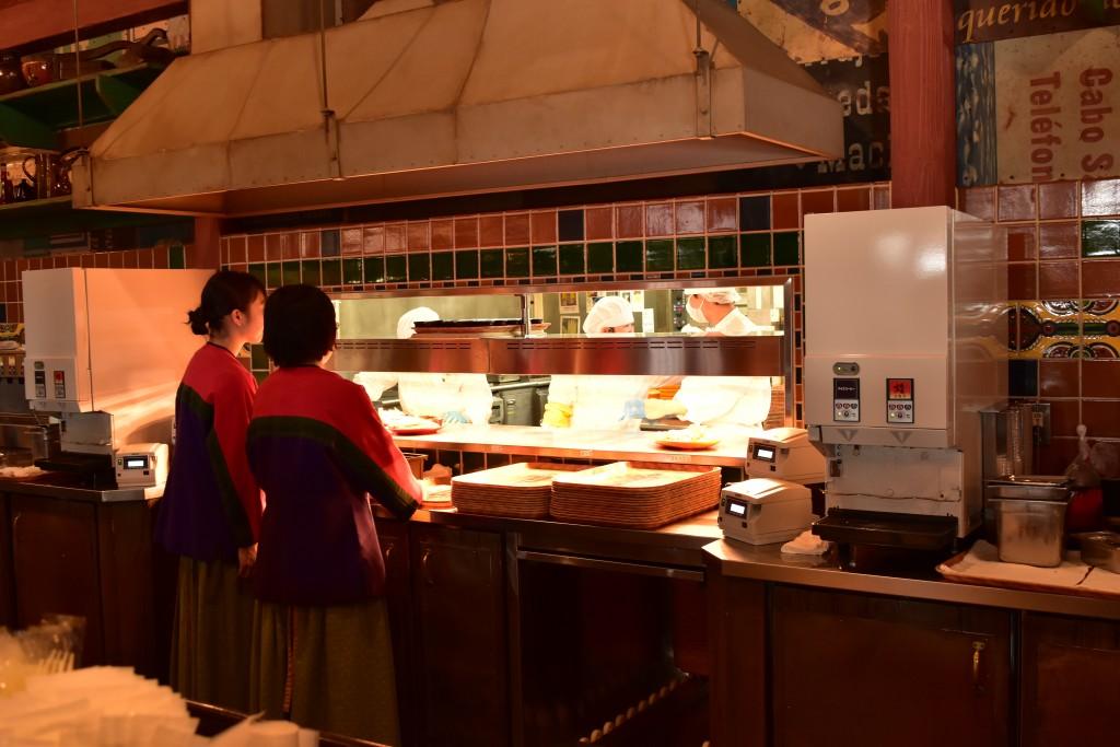[東京ディズニーシーレストランレポ]ミゲルズ・エルドラド・キャンティーナ[メキシコ料理]メニュー、カクテルなどの紹介