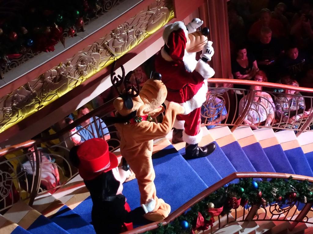WDW旅行記ブログ/DCL旅行記ブログ クリスマスツリー点灯式のショー