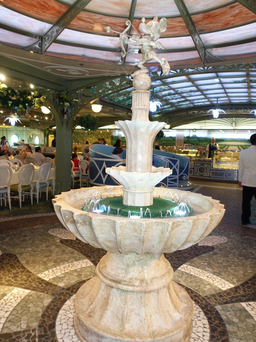 WDW旅行記ブログ/DCL旅行記ブログ ディズニークルーズライン4泊バハマ航路 エンチャンテッドガーデンで朝食