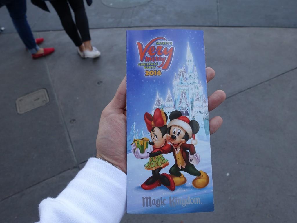 WDW旅行記ブログ/DCL旅行記ブログ マジックキングダム ミッキーのベリーメリークリスマスパーティー(ホリデー限定イベント)