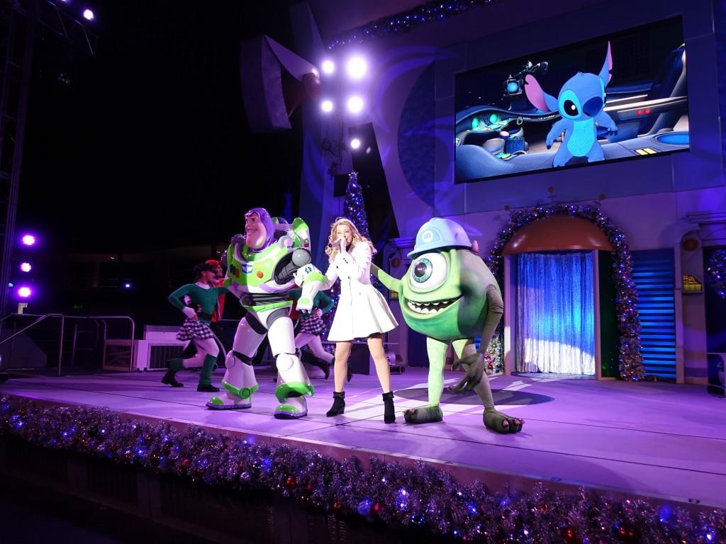 WDW旅行記ブログ/DCL旅行記ブログ マジックキングダム ミッキーのベリーメリークリスマスパーティー(ホリデー限定イベント)のショー・パレード