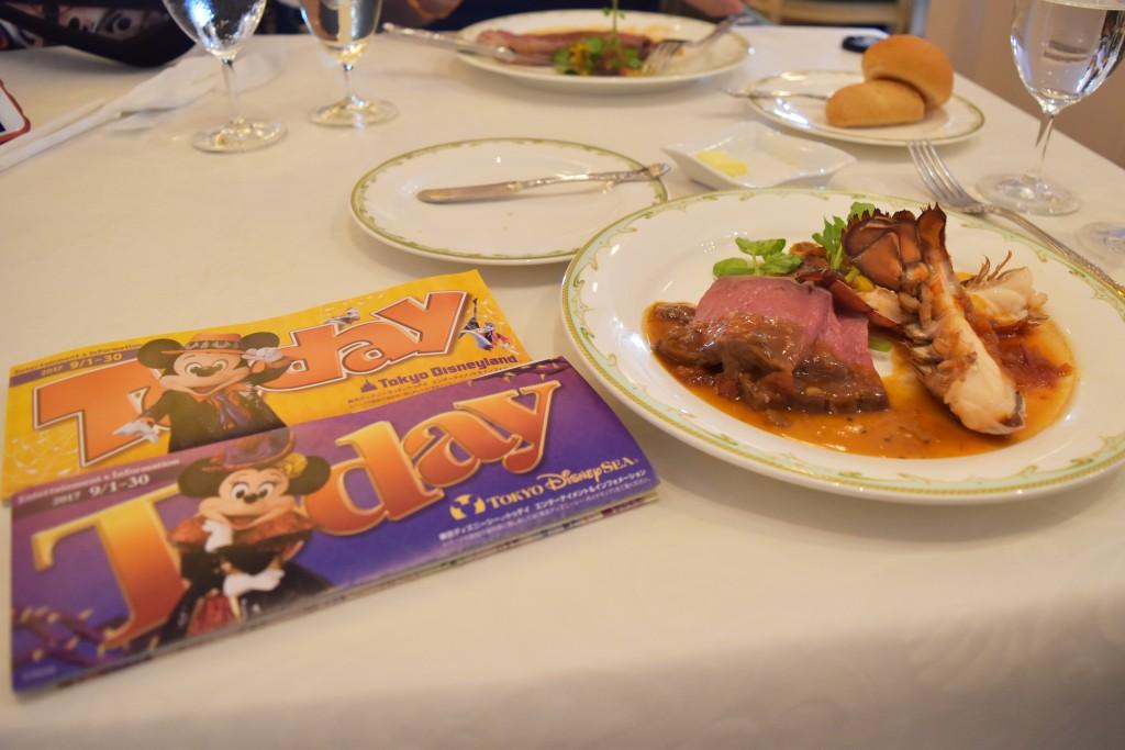 S.S.コロンビア・ダイニングルーム(東京ディズニーシーのレストラン)のメニューや予約方法を紹介。高級感溢れるオススメのレストラン!